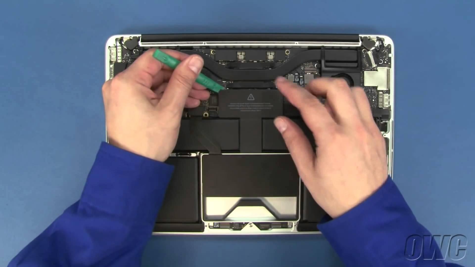 MacBook Pro 13″ Retina HDDハードディスク交換方法動画